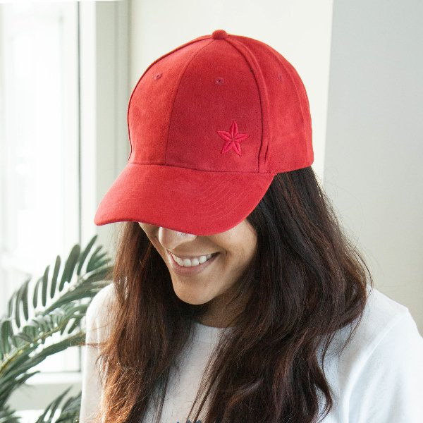 Red Morinda Star Suede Hat Photo
