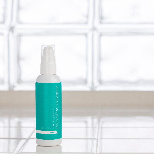 TruAge AGE Therapy Daily Facial Cleanser Photo